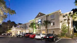Fun things to do in Charleston : Best Western Patriots Point in Mount Pleasant SC.