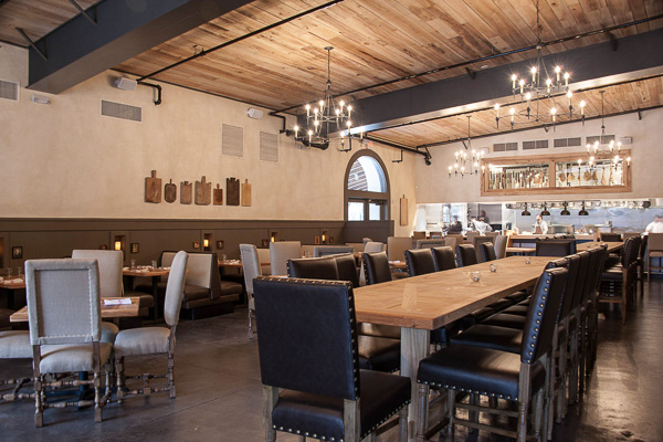 Fun things to do in Charleston : Edmunds Oast Restaurant.